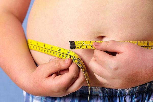 Combattere l'obesità infantile con un corretto stile di vita